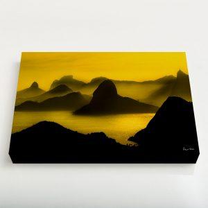 Quadro Canvas – O Poente na Espinha de suas Montanhas, Rio de Janeiro