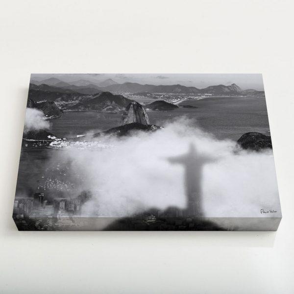 Quadro Canvas - Sombra do Cristo Redentor nas Nuvens com Pão de Açúcar ao Fundo 1