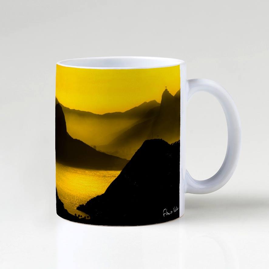 Caneca - O Poente na Espinha de suas Montanhas, Rio de Janeiro