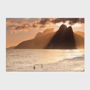 Painel – Entardecer na Praia de Ipanema e Leblon com Dois Irmãos e Pedra da Gávea
