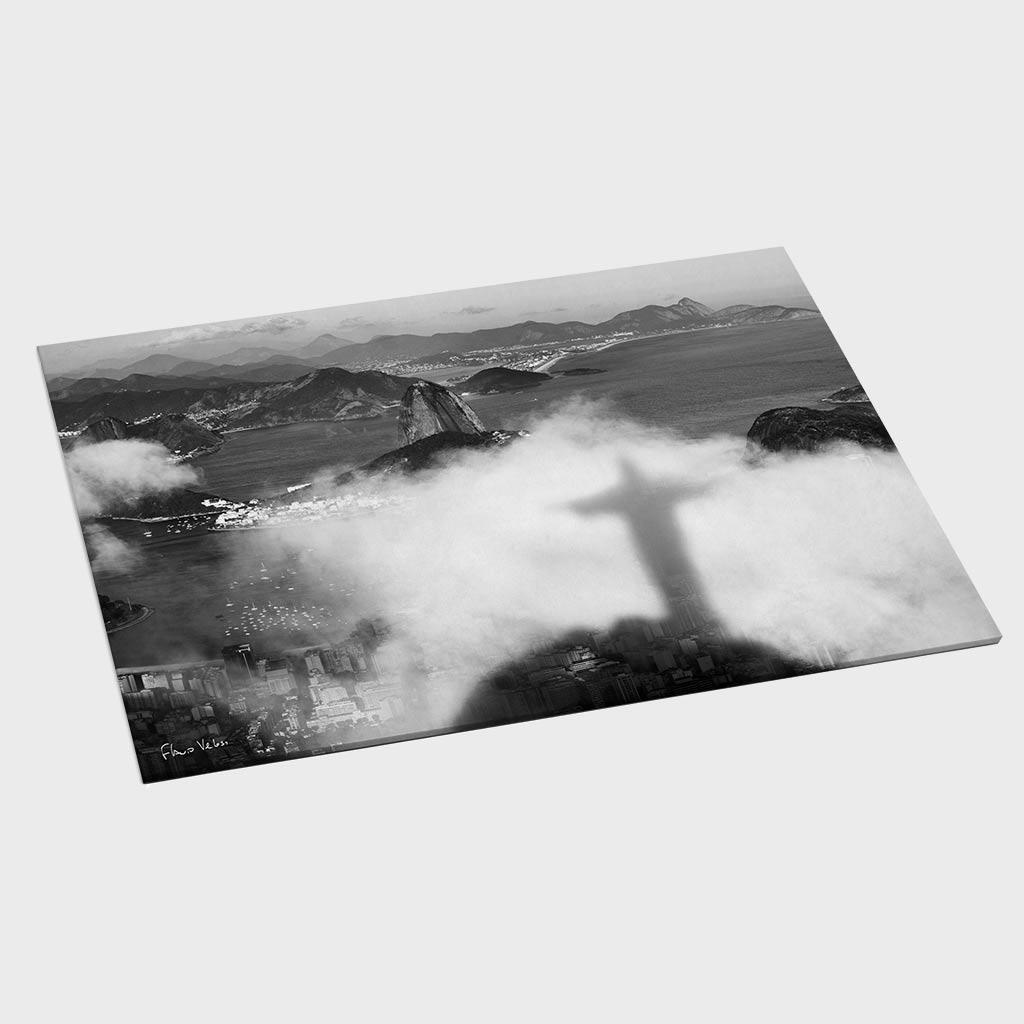 Jogo Americano - Sombra do Cristo Redentor nas Nuvens com Pão de Açúcar ao Fundo