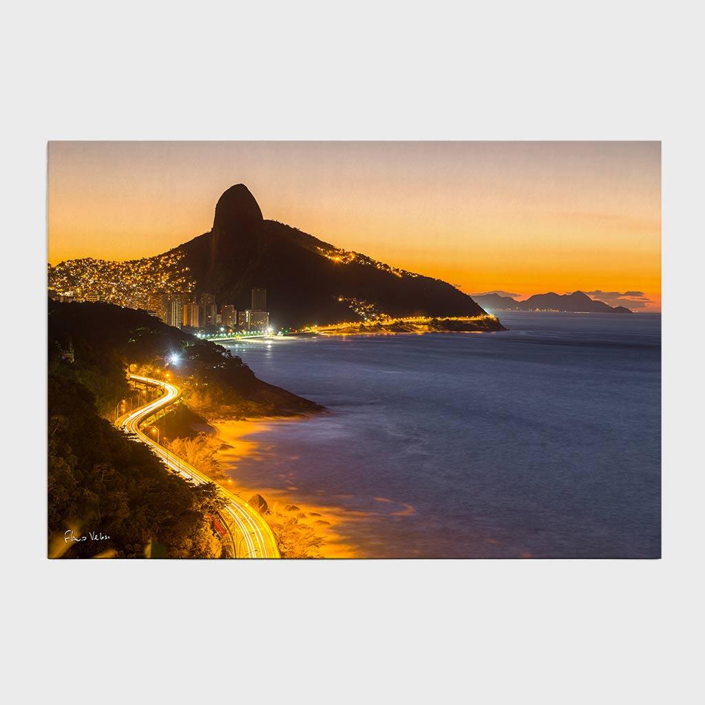Jogo Americano - Avenida Niemeyer e Morro Dois Irmãos