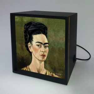 Backlight – Frida Autorretrato