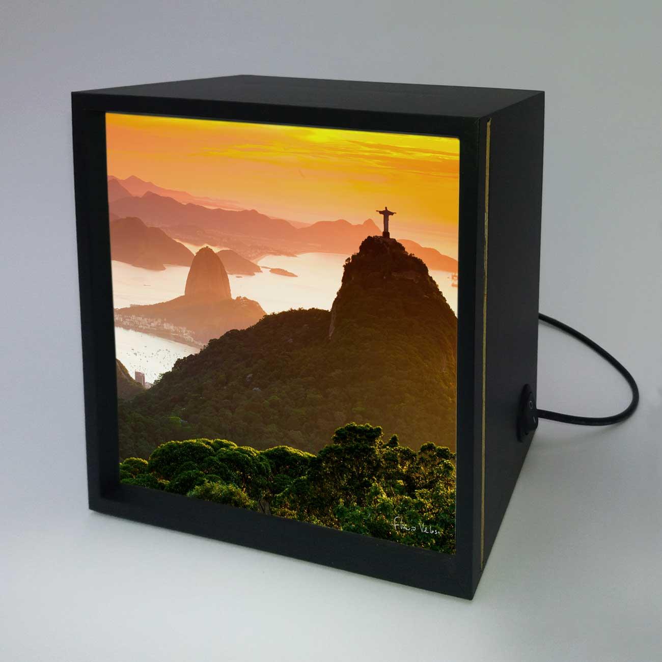 Backlight - Floresta da Tijuca, Cristo e Pão de Açúcar