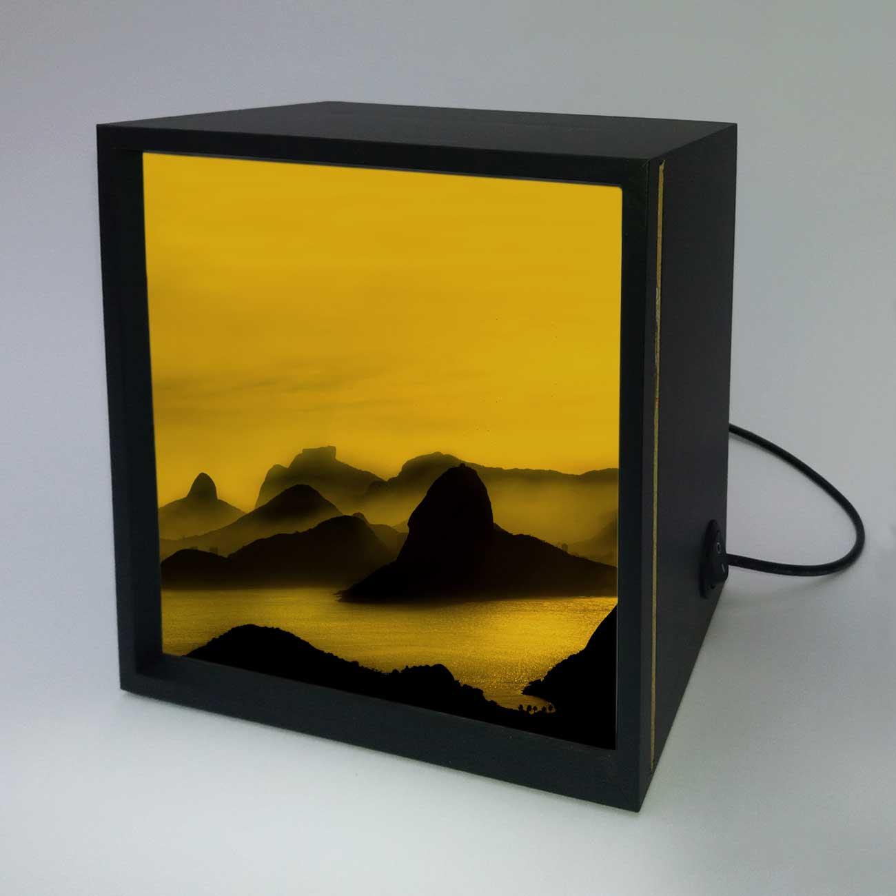 Backlight - O Poente na Espinha de suas Montanhas, Rio de Janeiro