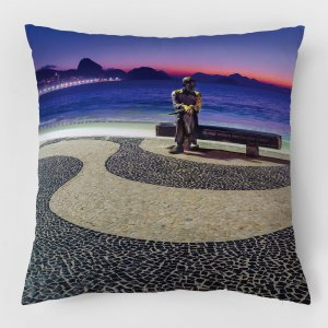 Almofada – Amanhecer em Copacabana com Drummond III