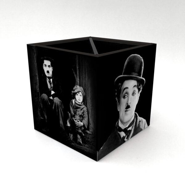 Porta Controle Charlie Chaplin 3