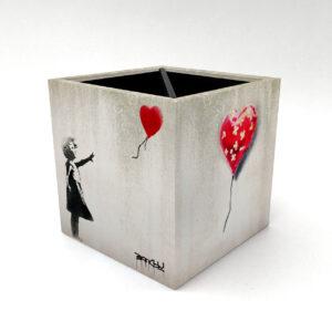 Porta Controle Banksy 1
