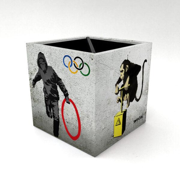 Porta Controle Banksy 2 4